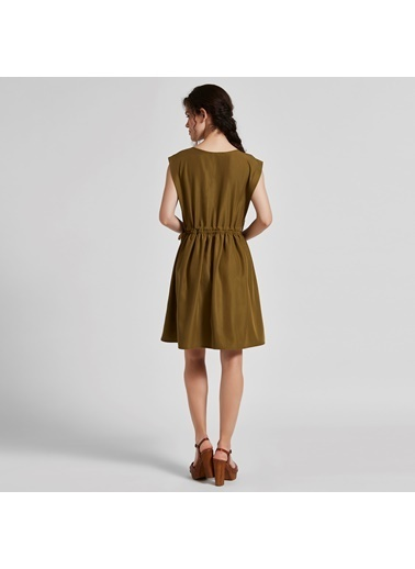 Vekem-Limited Edition Kolsuz Beli Bağlamalı Kısa Elbise Yeşil